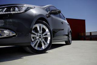 2012 2013 New KIA Ceed KIA Ceed OEM Wheel Hub Caps 4pcs Set   Genuine