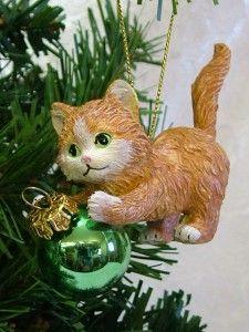 New Orange Playful Kitten Cat Playing w Green LIGHTBULB Christmas Tree