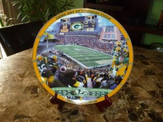 Green Bay Packers. Game Day at Lambeau Field Danbury Mint Collectors