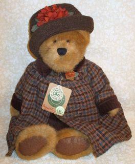 Retired Boyds Plush 16 Lady Bear Amanda K Huntington in Fall Dress