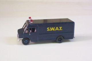 SWAT Team Van Truck Blue Johnny Lightning Le 1 64 Truck Police Leo