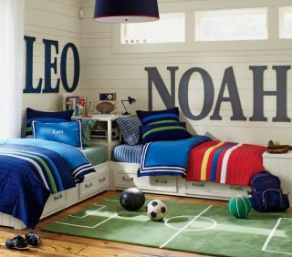 New Pottery Barn Kids Leo F Q Quilt Navy Green