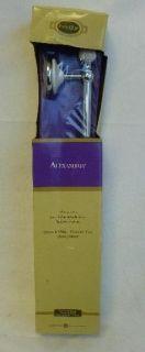 Liberty Hardware Alexandria 18 inch Towel Bar Towel Rack White