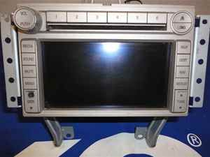 06 Lincoln Zephyr 6 Disc CD MP3 Radio Navigation