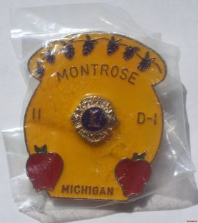Lions Club Pin Montrose Michigan 11 D 1 Apples Pinecones Lapel Trading