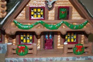 DEPT 56 CHRISTMAS HANDPAINTED CERAMIC SNOW VILLAGE HUNTING LODGE 1993