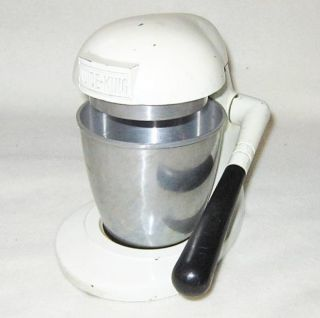 Vintage Juice King Manual Juicer Extractor w/ Cup Metal Die Casting