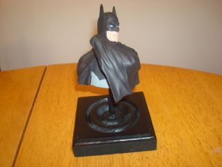 Batman Custom Hand Painted 7 Bust Statue on Base Very Nice L K