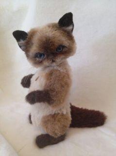 Artist Bear Kitten by Mary Wimberley of Marys Secret Garden