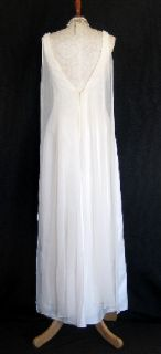 Jessica McClintock Ivory Satin and Organza Embroidered Wedding Gown