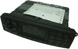 01 04 Mercedes C Class Factory Replacement Stereo Am FM Tape Player