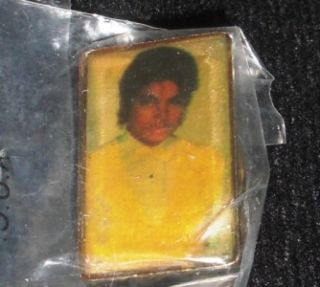 Michael Jackson Lapel Pin Hat Badge Vintage New Picture
