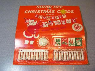 1964 50 Christmas Card Show Off Holders Mini Clothespins String SEALED