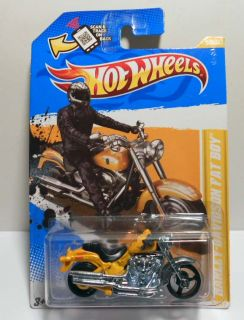 HOT WHEELS 2012 NEW MODELS #30 HARLEY DAVIDSON FAT BOY MOTORCYCLE MOC