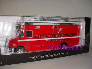 Freightliner MT 55 EMT Fire Dept Truck 1 32 Red
