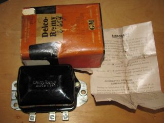 NOS 55 56 57 58 59 60 61 62 Chevrolet Truck Delco Voltage Regulator