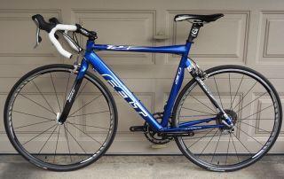 Felt T23 Road Bike Ultegra 105 56cm Triathlon Carbon Alloy Low Miles