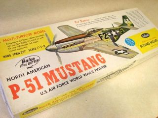 Guillows P 51 Mustang Flying Model Airplane Kit Kit 402
