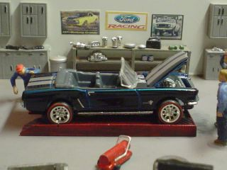 65 Mustang Convertible Hot Wheels Garage