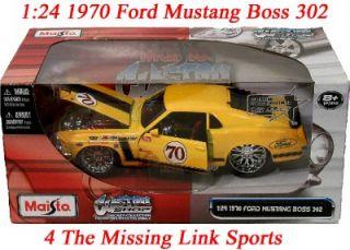 24 Diecast Maisto 1970 Ford Mustang Boss 306 Custom Shop Openning