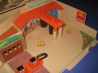 Vintage 1979 Mattel Hot Wheels Service Center Fold Up Station 51K