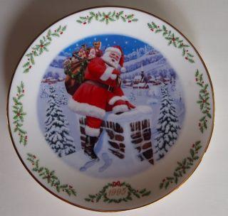 13 PORCELAIN LENOX COLLECTIBLE INTERNATIONAL VICTORIAN SANTA CHRISTMAS