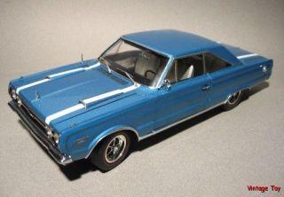 1967 Plymouth Belvedere GTX 440   118 diecast   Highway 61 MIB