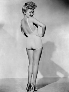 Betty Grable, World War II Pin Up Picture, 1943 Premium Poster