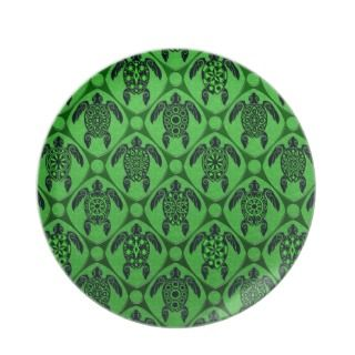 Green and Black Sea Turtle Pattern Party Plates