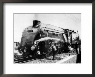 The Mallard Steam Train, World Record Holder for Steam Locomotives of 126 MPH in 1938 Pre made Frame