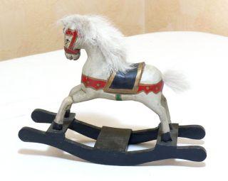 Schneekugel Pferd Spielzeug