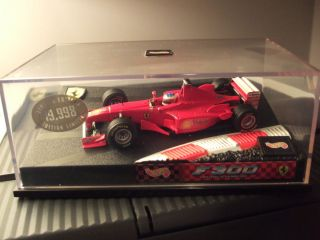 F1 Hot Wheels Ferrari F300 1998 Michael Schumacher 143