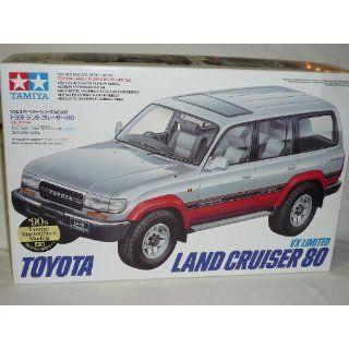 TOYOTA LANDCRUISER LAND CRUISER 80 J8 1990 1997 24107 BAUSATZ KIT 1/24