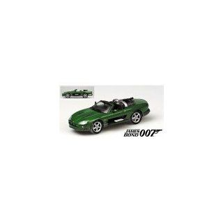Minichamps 400130230   Jaguar XKR 2002 James Bond Die Another Day
