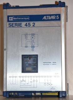 Telemecanique Altivar 5 Serie 45 2 ATV452U15