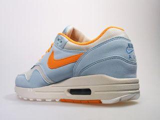 Nike AIR MAX 1 woman blue Gr. 39 us 8 Neu Schuhe
