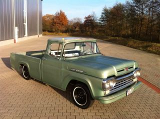 1960 Ford F100 Custom Cab Hot Rod 292cui V8 California import US