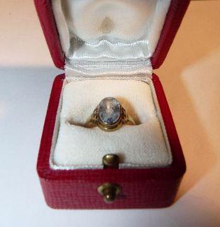 Gold Ring mit geschliffenem blauem Stein Gold 333 mit Etui