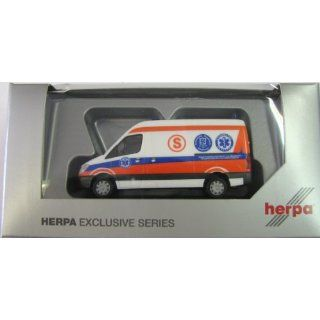 Herpa 187 Mercedes Benz Sprinter Ambulance Polen Version S