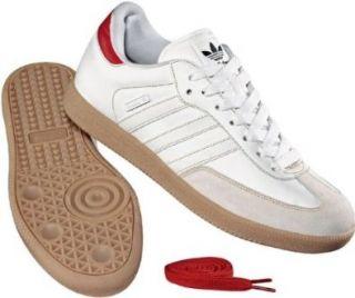 Adidas Samba ST Originals Modell Die Skatevariante. Farbe Runwht