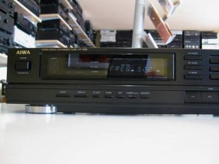 AIWA STEREO DIGITAL SYNTHESIZED TUNER XT 005