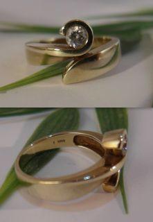 Ring 333er Gold mit weißem Farbstein, Edelstein / Gr. 57 / 4,5g