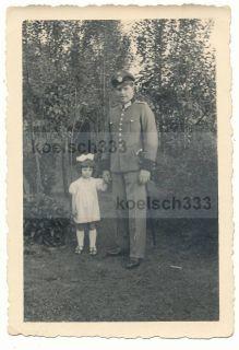 Foto Polizist Kamerad Uniform Polizei Degen Mädchen WW2