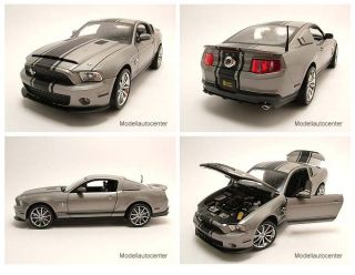 Ford Shelby GT 500 Super Snake 2012 grau metallic, Modellauto 118