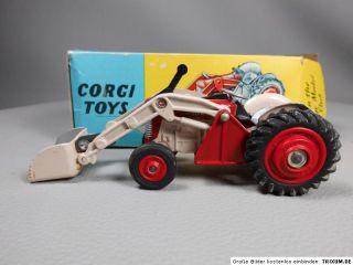 Massey Ferguson MF 65 Traktor Frontlader 53 Corgi Toys 143 Schlepper