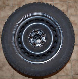 Pirelli Winterreifen Mercedes Benz A B KLasse M+S 185/65R15T auf