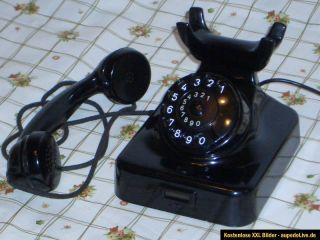 Altes Bakelit Telefon mit Wählscheibe W 49 N HAGENUK   KIEL.