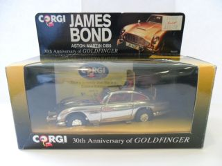 1993 GOLDFINGER 30th Anniversary Corgi James Bond Aston Martin DB5