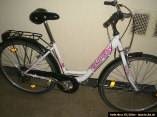 Schönes Damen City Rad 28 Zoll Pink Weiß Fahrrad Köln Hollandrad