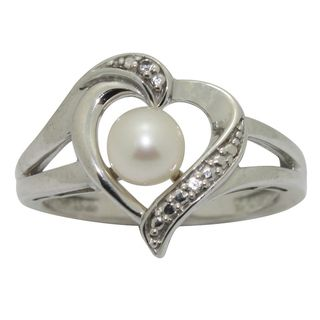 Sterling Silver Freshwater Pearl and Cubic Zirconia Heart Ring (5.5 mm